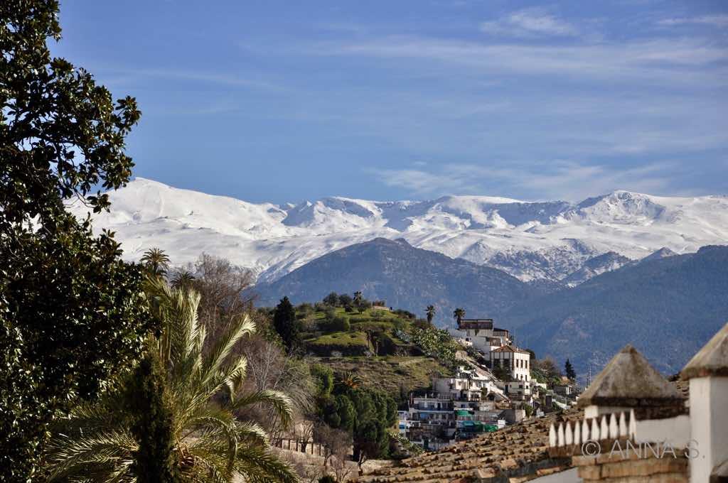 Granada, Blick auf Sierra Nevada